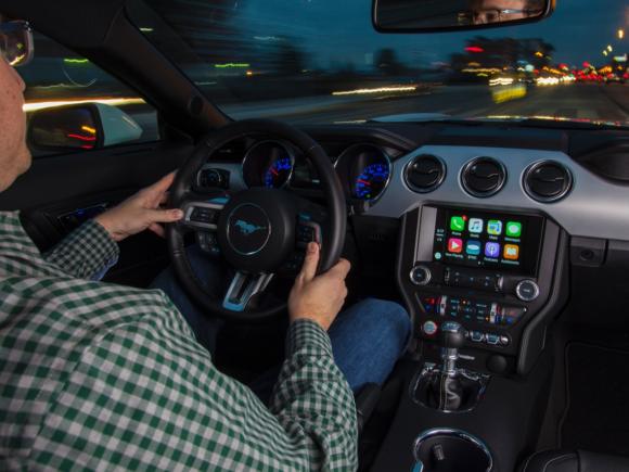 sync-apple-carplay-android-auto.img.1451883194060