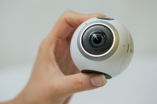 go-hands-on-with-the-gear360-and-see-how-it-change-how-we-capture-our-memories_24543485024_o