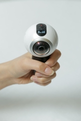 go-hands-on-with-the-gear360-and-see-how-it-change-how-we-capture-our-memories_24547357673_o