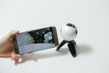 go-hands-on-with-the-gear360-and-see-how-it-change-how-we-capture-our-memories_24806469019_o