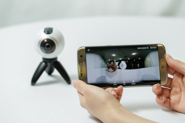 go-hands-on-with-the-gear360-and-see-how-it-change-how-we-capture-our-memories_25147847486_o