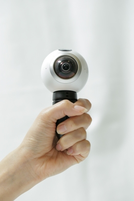 go-hands-on-with-the-gear360-and-see-how-it-change-how-we-capture-our-memories_25147855706_o