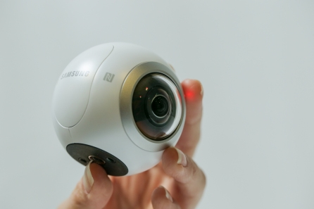 go-hands-on-with-the-gear360-and-see-how-it-change-how-we-capture-our-memories_25174204145_o