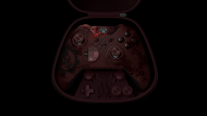 Xbox-Elite-Wireless-Controller_Gears-of-War-4_InCase_BlkBG
