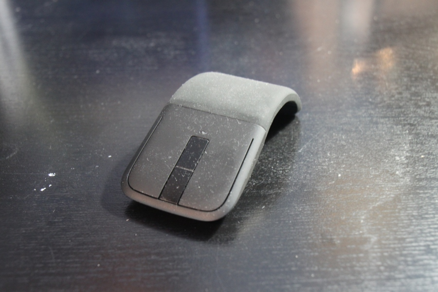 The infamous metal tab scroll bar on the Arc Touch Mouse.