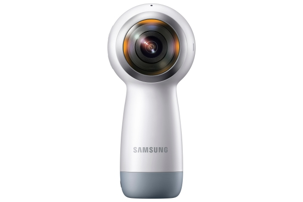 002_Gear360_Back_White