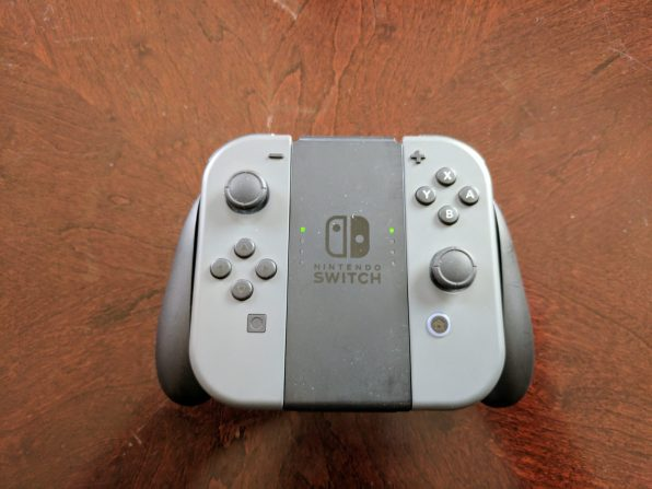 The Joy-Con Grip