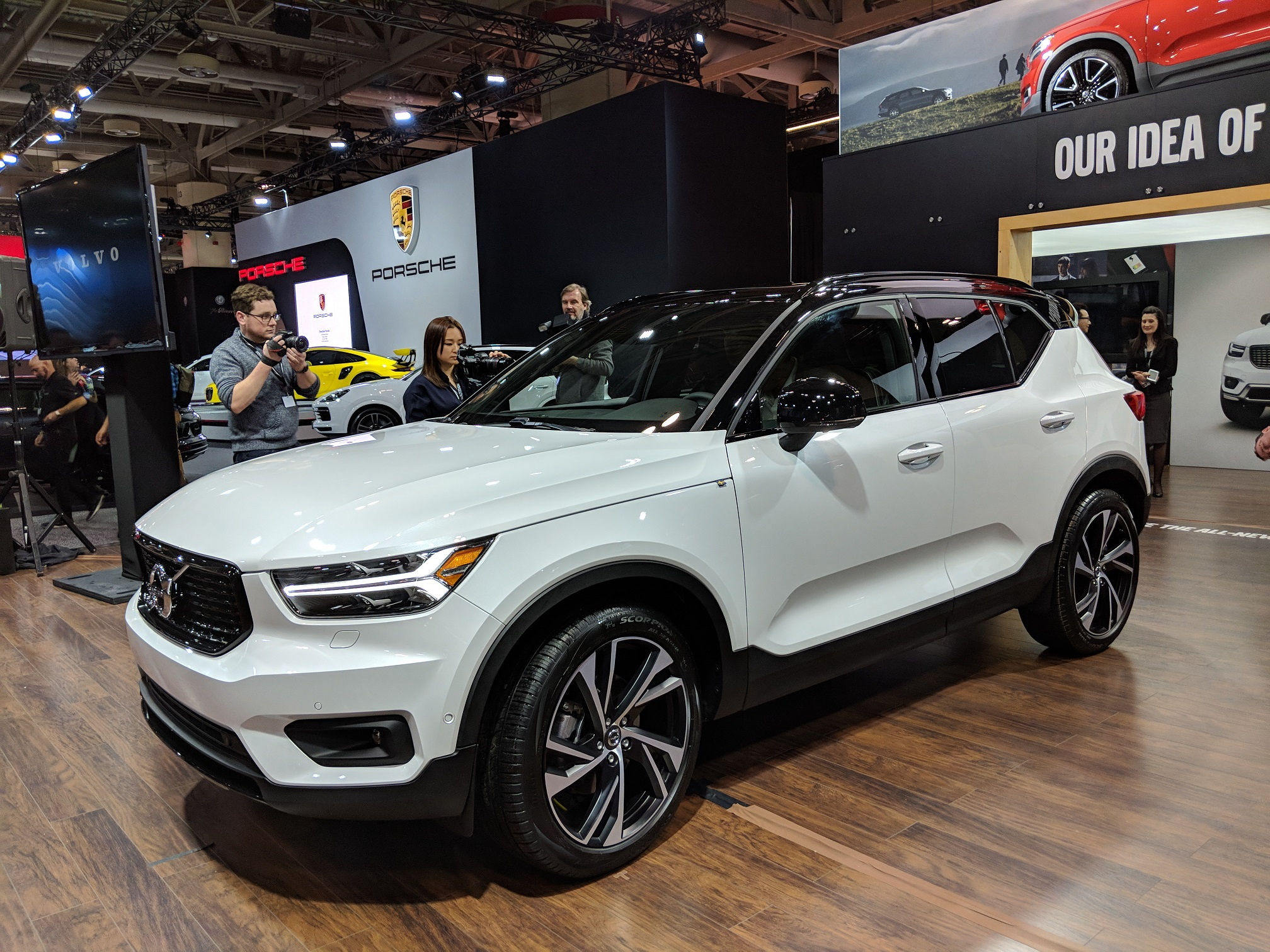 Volvo Debuts The XC RDesign At CIAS TheCanadianTechie - Winters car show