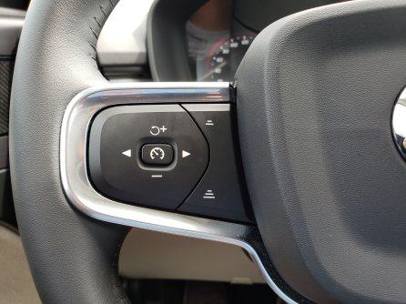 2019_Volvo_XC40_review_3