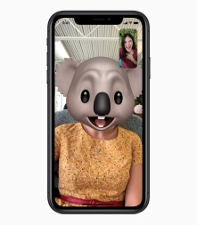 iPhone_XR_Memoji_09122018