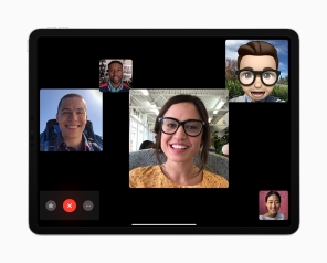 iPad-Pro_2018_group-FaceTime_10302018