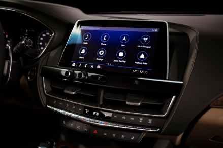 2020-Cadillac-CT5-PremiumLuxury-7