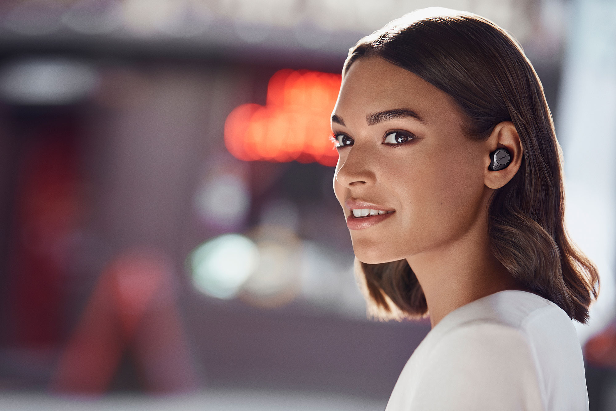 Jabra S Elite 75t True Wireless Earbuds Have A Smaller Design Bigger Battery And Usb C Thecanadiantechie