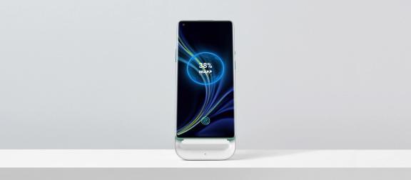 OnePlus_Warp_Wireless_Charger_2